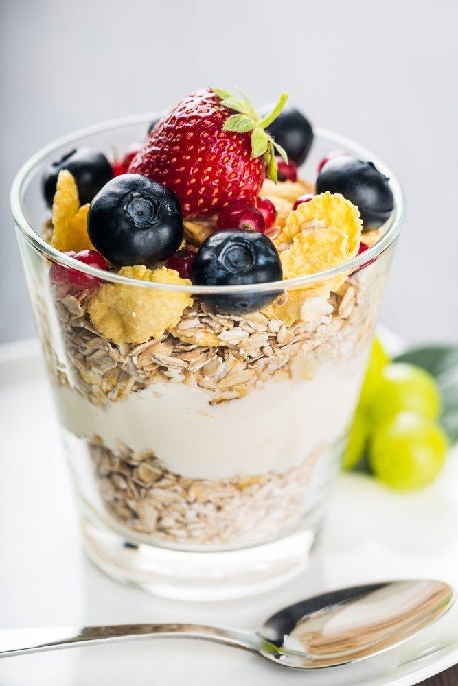 yoghurt oats corn flakes fruit
