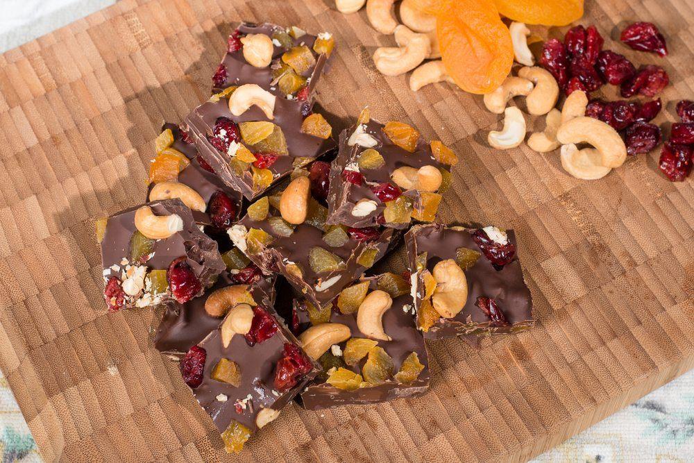fruit nut fudge