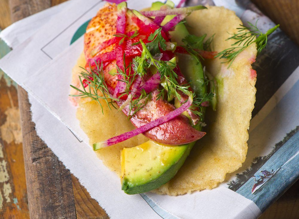 avocado lobster taco