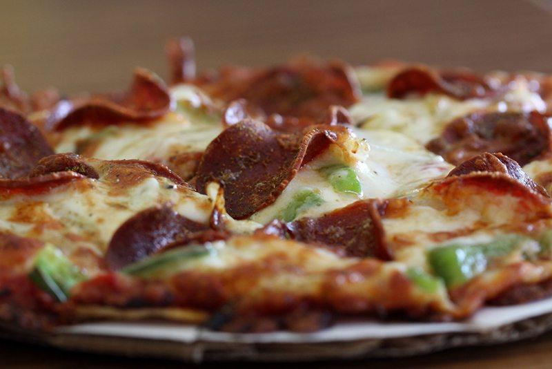 Easy Gluten-Free Pizza Crust with Chicken