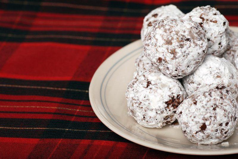 30 Gluten-Free No-Bake Cookie Recipes… OmNomNom!