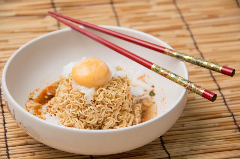 ramen with poached egg