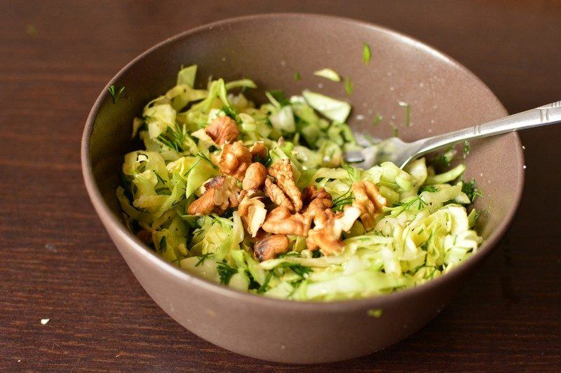 Adding walnuts to the salad