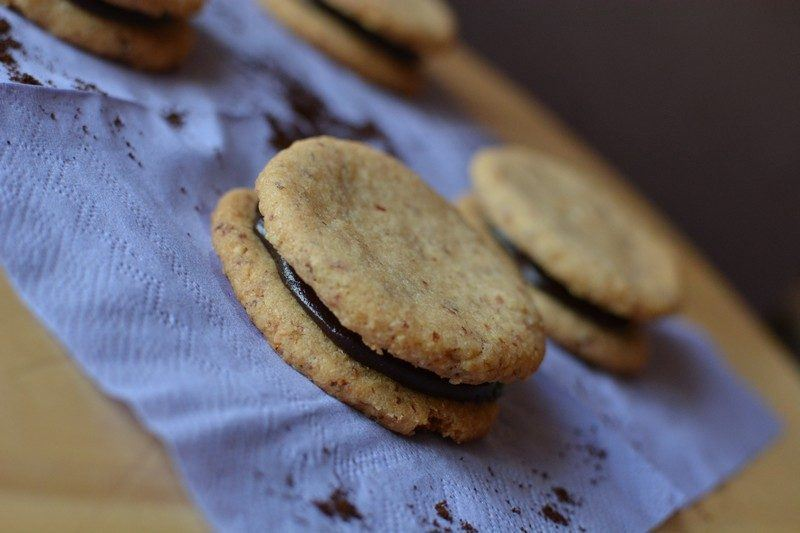 Almond biscuits with espresso cream final 3