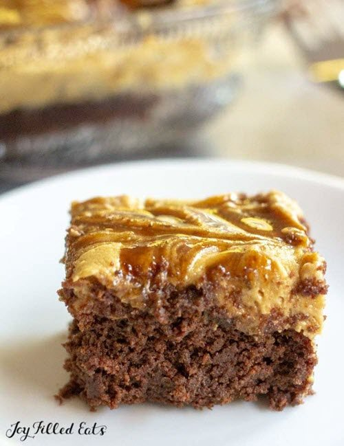 A chocolate brownie with a caramel top