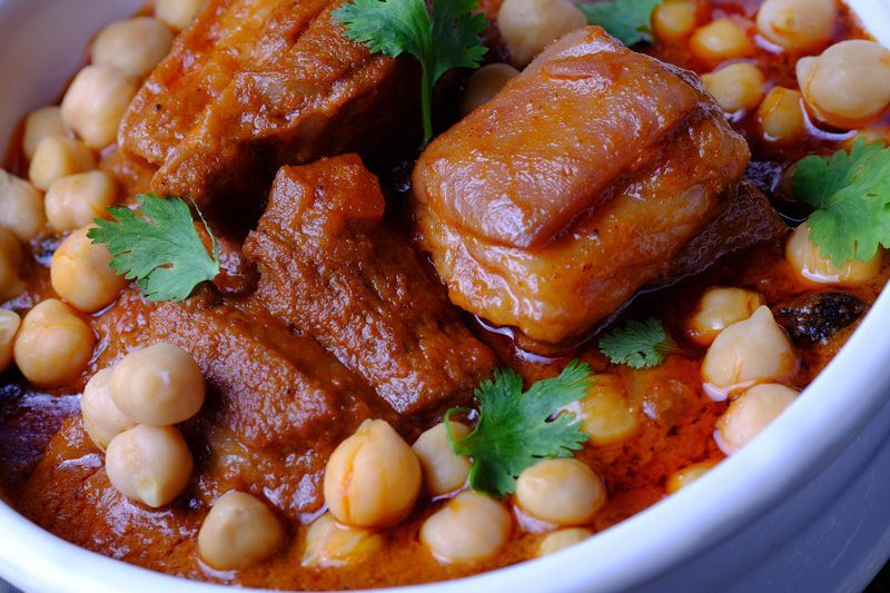 Slow Cooker Lamb and Chickpea Tandoori Stew DETAIL