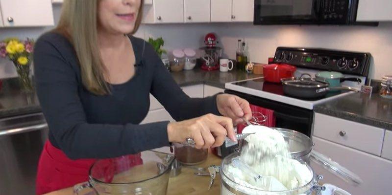 Chocolate Mint Cupcakes 1 (flour)
