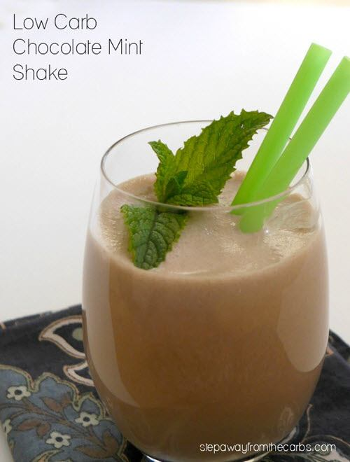 A chocolate and mint smoothie in a glass