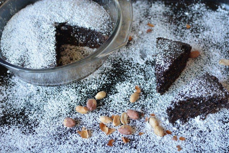 Chocolate and peanut tart final 4