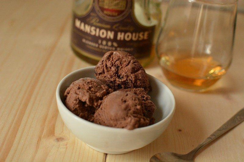 Chocolate and whiskey ice cream final 1