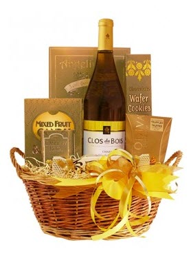 A gift basket with a very strong yellow theme.
