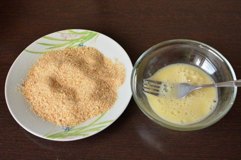 Crust ingredients for fried fish