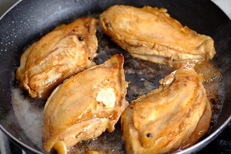 Sear chicken