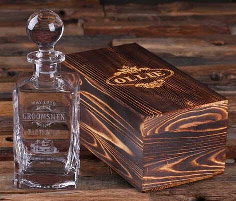 Whiskey decanter with a engraved box