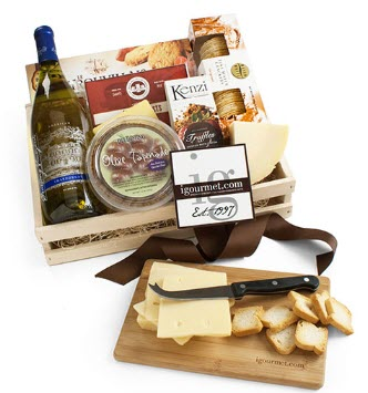 A grate containing cheese, wine and crackers