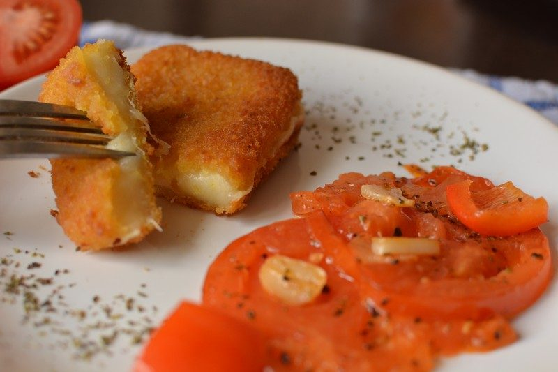 Fried cheese and balsamic tomatoes final 4