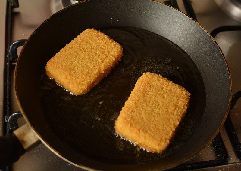 Frying the cheese