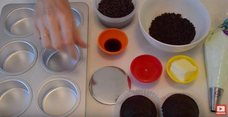 Ghiradelli Mint Chocolate Mini Cakes 1