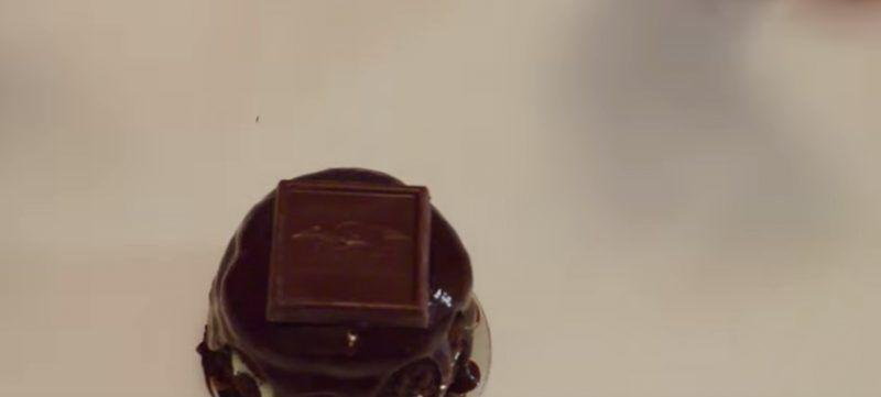 Ghiradelli Mint Chocolate Mini Cakes chocolate square