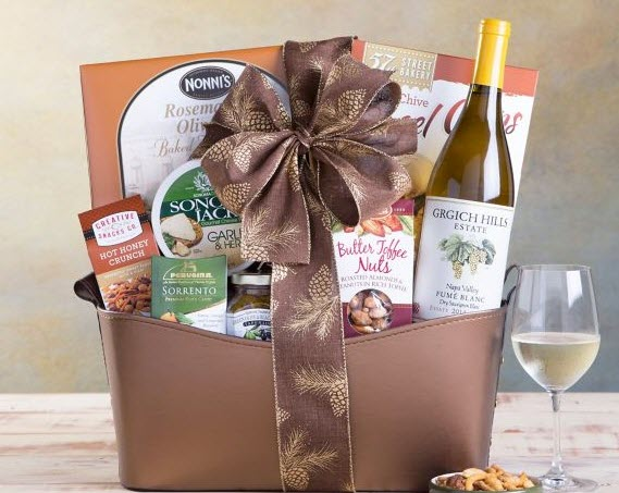 33 White Wine Gift Baskets That Make Great Gifts Or Personal Treats