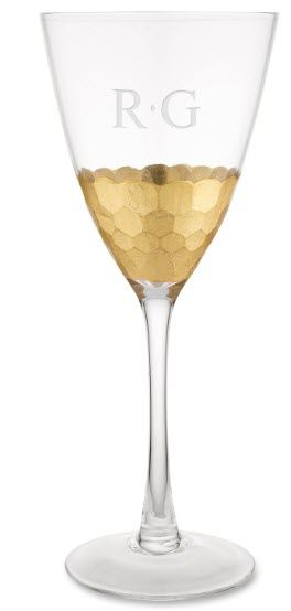 Wine glass with hammered gold at the bottom