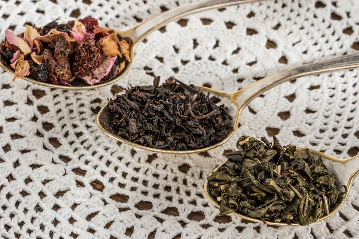 Hot Loose Leaf Tea of the Month Clubs-Three silver tablespoons of loose tea