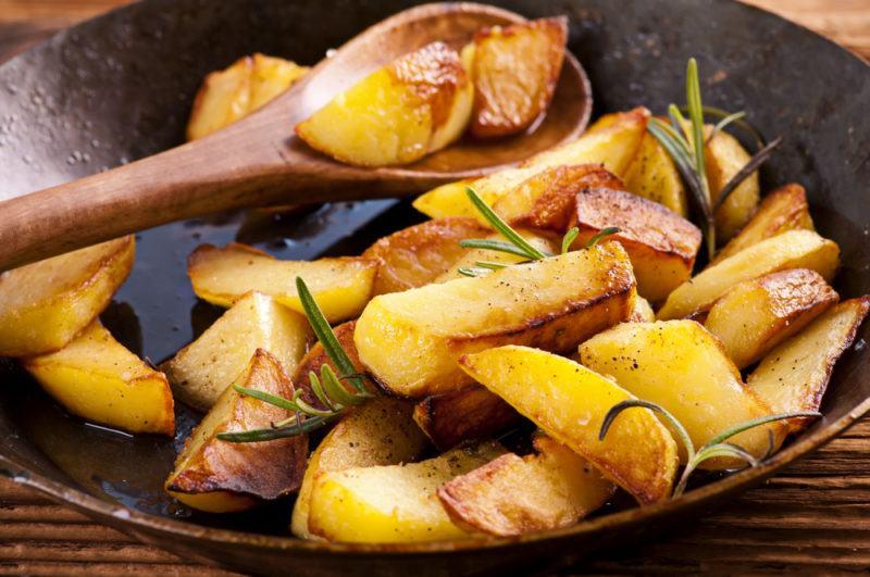 A pan of fried potatoes