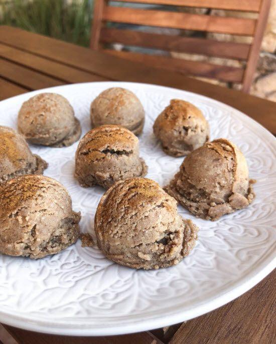 Pumpkin fat bombs that look like ice cream
