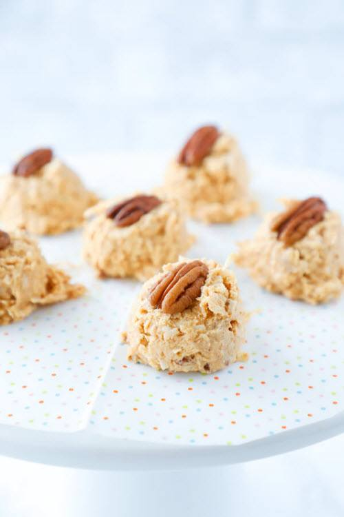 Small fat bombs with pecans