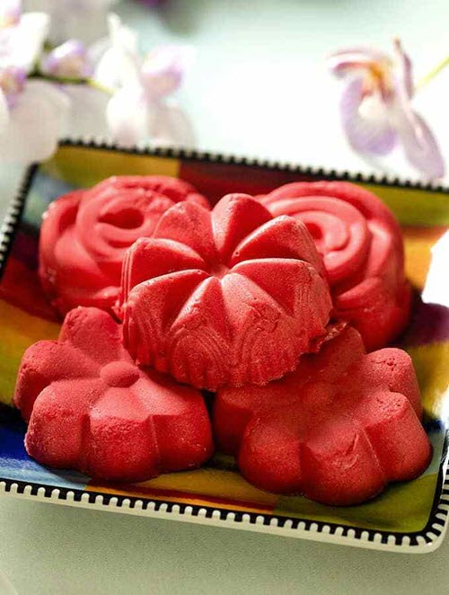 Raspberry fat bombs using Jello