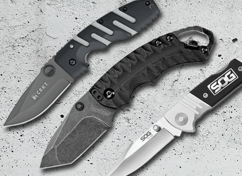 Three collapsable knivees of various brands all small pocket size