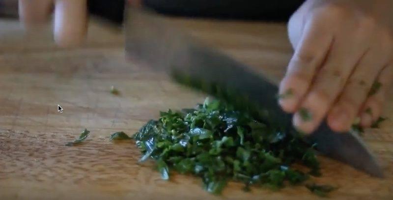 cmcc chop mint leaves