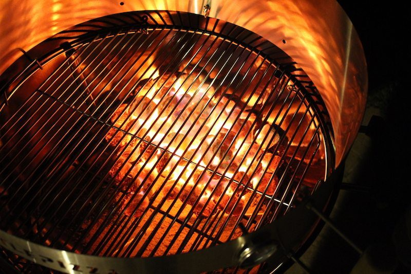 8 Ways To Make Pizza On A Weber Charcoal Grill