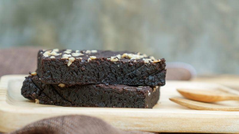 dense fudge brownies with walnuts