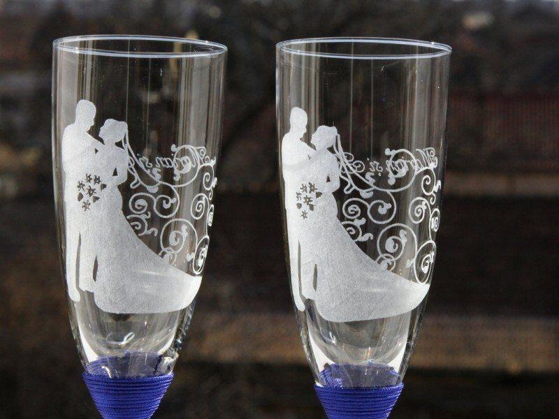 Engraved Dancing Wedding Glasses