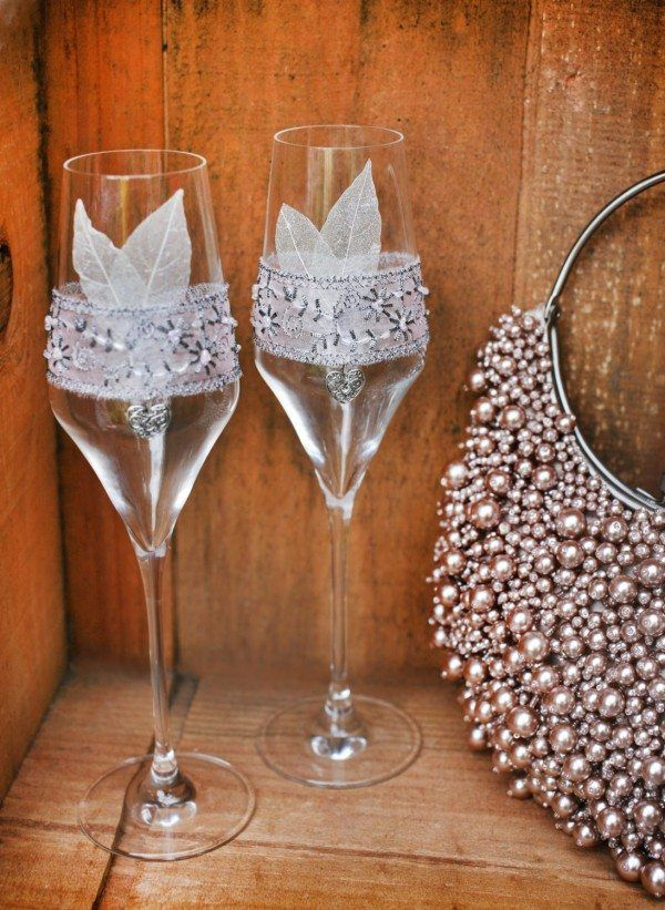 Great Gatsby-Style Glasses