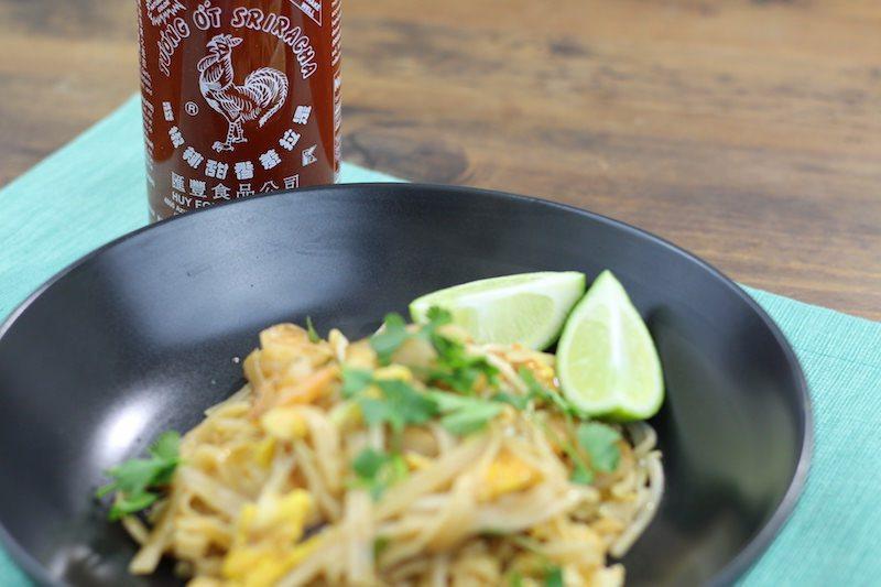 shrimp pad thai cooking sriracha lime