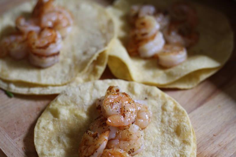 shrimp tacos prep